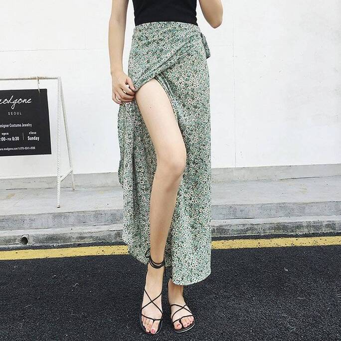 Women's Bohemian Long Skirt with Floral Pattern Bottoms Skirts Women's Clothing & Accessories