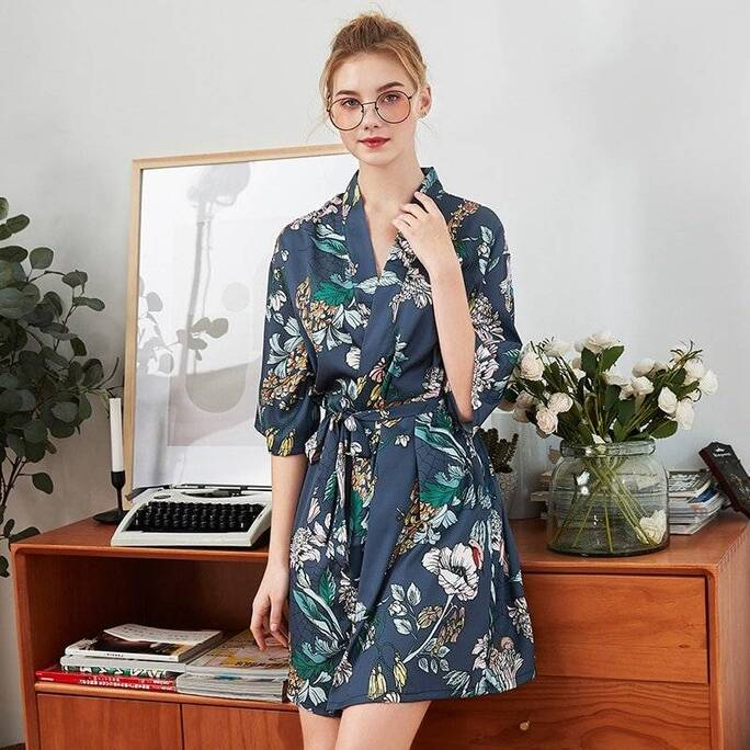 Colorful Women's Kimono in Floral Print Robes Sleepwear & Loungwear Women's Clothing & Accessories