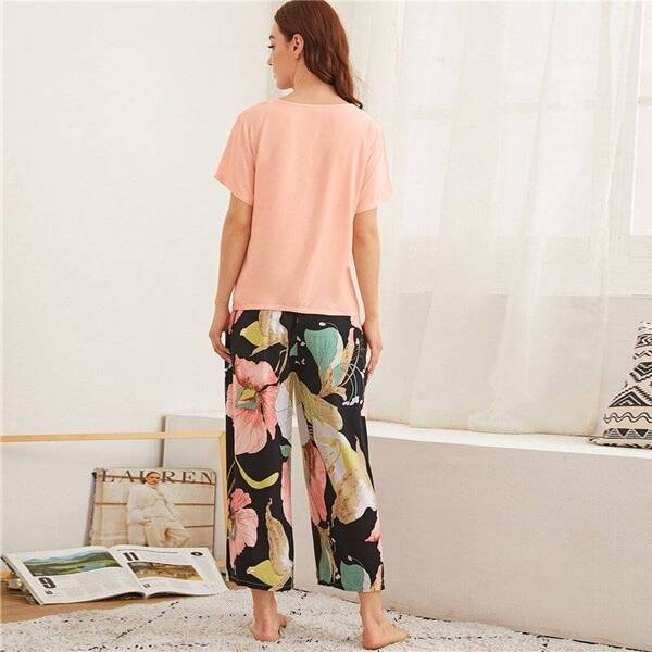 Women's Pajama Pants and Top in Floral Print Pajama Sets Sleepwear & Loungwear Women's Clothing & Accessories