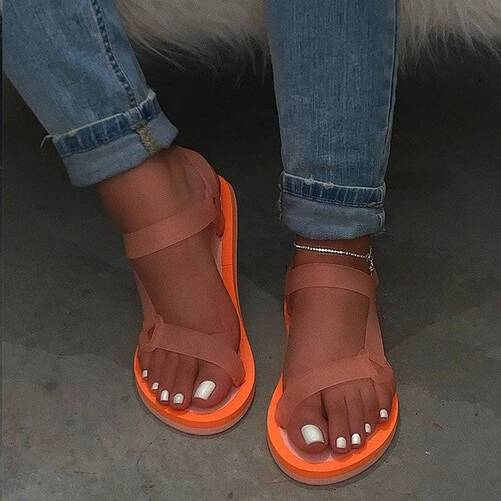 Dropshipping Candy Color Bling Ladies Outdoor Casual Beach Shoes Woman Summer Sandals Soft Slip New Women Buckle Jelly Shoes Women Shoes Women's Sandals